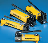 Lightweight hydraulic hand pumps